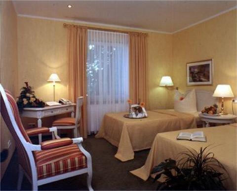 Hotel Alt Lohbruegger Hof - Hotel room