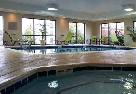 希科里萬怡酒店 - Indoor Pool   Spa
