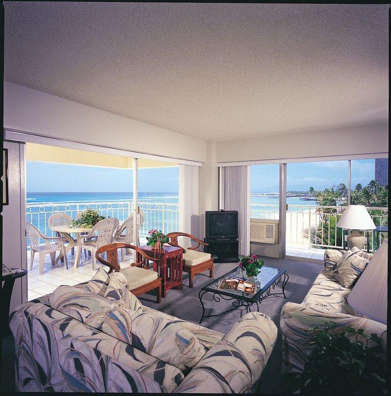 Utrigger Waikiki Shore - Honolulu, HI