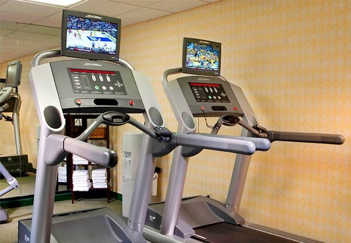 Courtyard by Marriott Dallas LBJ at Josey Fitness Club