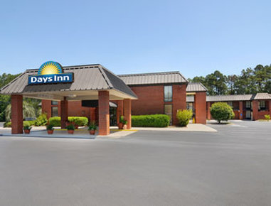 days inn statesboro in statesboro ga 30458 citysearch. Black Bedroom Furniture Sets. Home Design Ideas