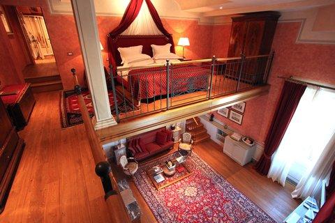 Villa Mangiacane - Two Bedroom Suite