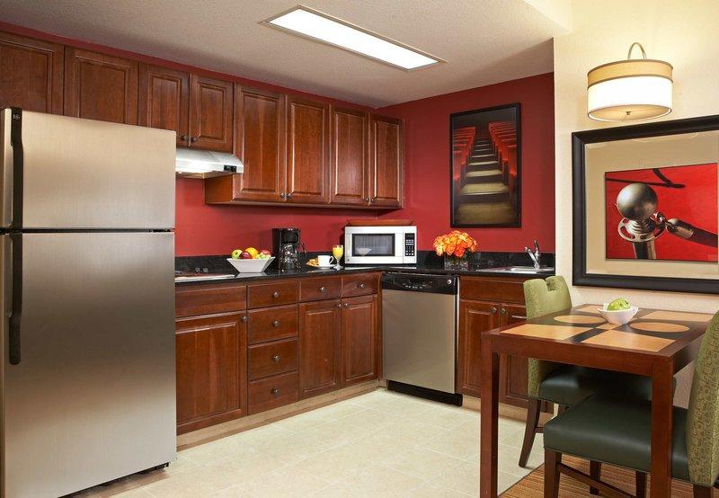 Residence Inn Beverly Hills Pokoj