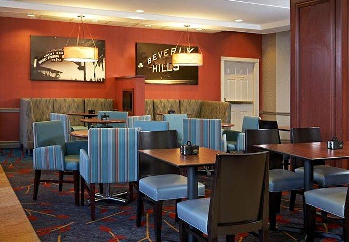 Residence Inn Beverly Hills Otros