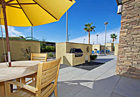 Towne Place Suites By Marriott Phoenix Goodyear Hotel - Patio