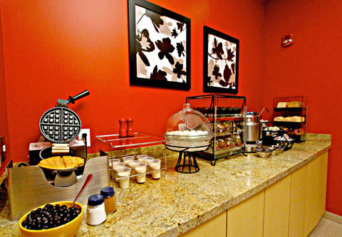 Towne Place Suites By Marriott Phoenix Goodyear Hotel - Breakfast Buffet