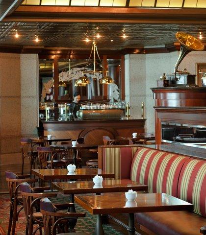 فندق ماريوت جي دبليو دبي - Vienna Cafe