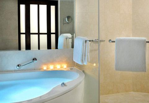 فندق ماريوت جي دبليو دبي - Executive Suite Bath