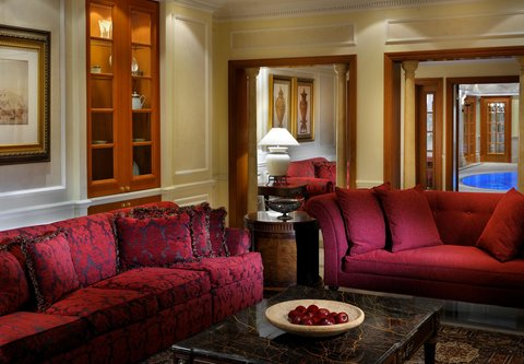 فندق ماريوت جي دبليو دبي - JW Royal Suite Living Area