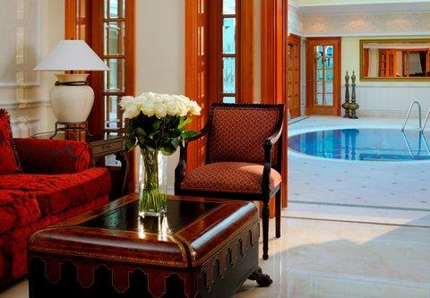 فندق ماريوت جي دبليو دبي - JW Royal Suite Whirlpool
