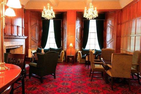 Portmarnock Hotel - Jameson Bar Panel Bar