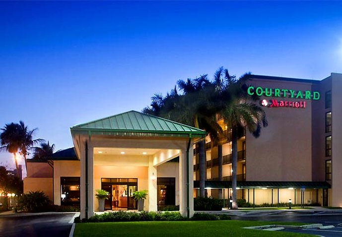 Hotel Courtyard Fort Lauderdale East Vista exterior