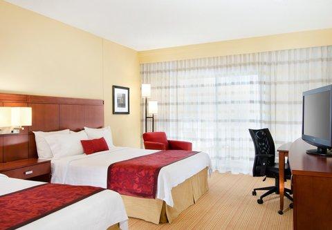 Courtyard By Marriott Kansas City Hotel - Queen Queen Guest Room