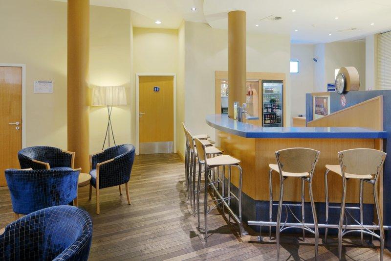 Express By Holiday Inn Mechelen City Centre Bar/salónek