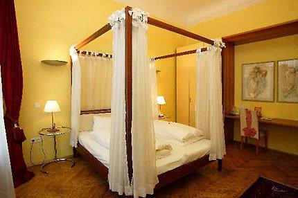 Hotel zum Dom - Palais Inzaghi - Guest Room