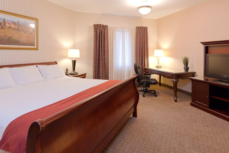 Holiday Inn Express & Suites MENTOR (LAMALFA CONF CENTRE) - Mentor, OH