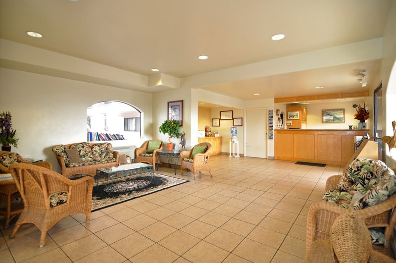 Edgewater Inn & Suites - Pismo Beach, CA