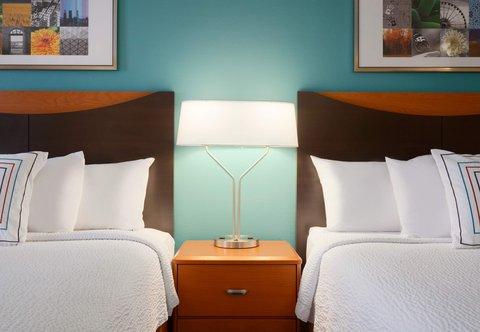 Fairfield Inn Longview Hotel - Queen Queen Guest Room