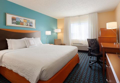 Fairfield Inn Longview Hotel - King Guest Room