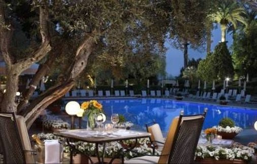 Rome Cavalieri, Waldorf Astoria Hotels & Resorts Restauration