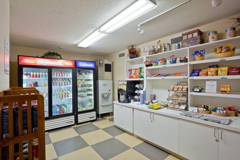 Candlewood Suites TOPEKA - Topeka, KS