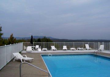 Inn Season Resort Mountainview - Jackman, ME