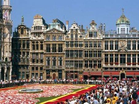 Manhattan Hotel Brussels - Exterior