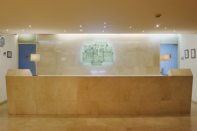 Holiday Inn Beirut-Dunes Lobby