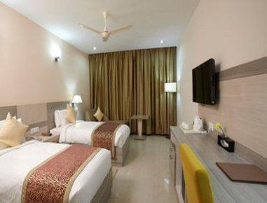 Days Hotel Neemrana Jaipur Highway - Two Twin Bed Room