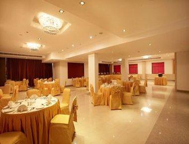 Days Hotel Neemrana Jaipur Highway - La Fiesta - Banquet Hall
