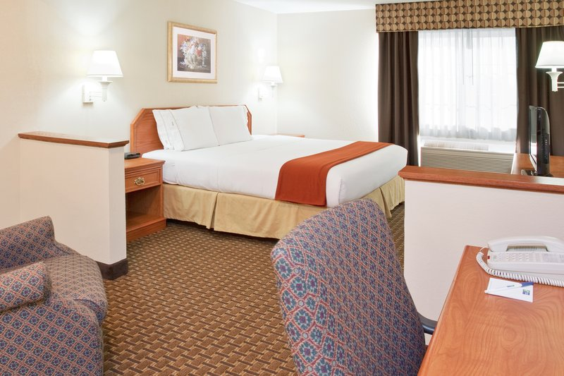 Holiday Inn Express & Suites BUCYRUS - Wharton, OH