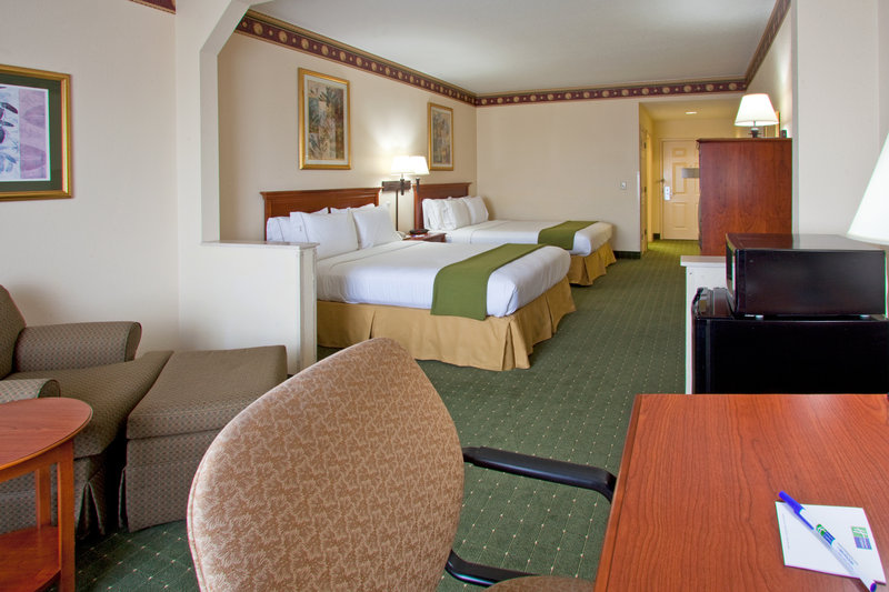 Holiday Inn Express Hotel & Suites Orlando International Airport Szobakilátás