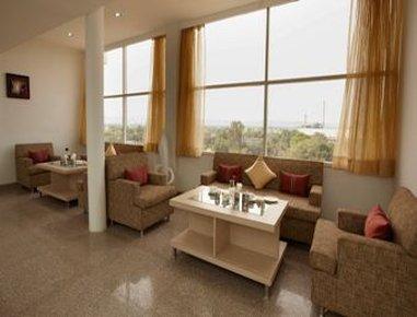 Days Hotel Neemrana Jaipur Highway - Floor Lounge