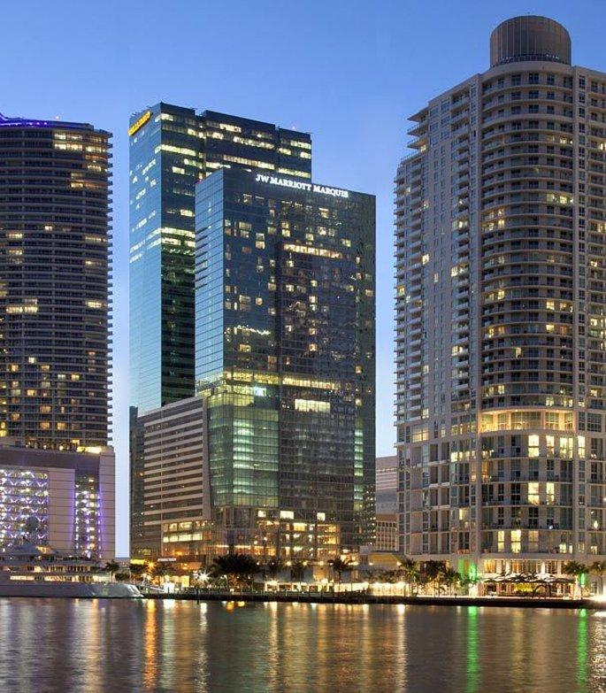 JW Marriott Marquis Miami 外観
