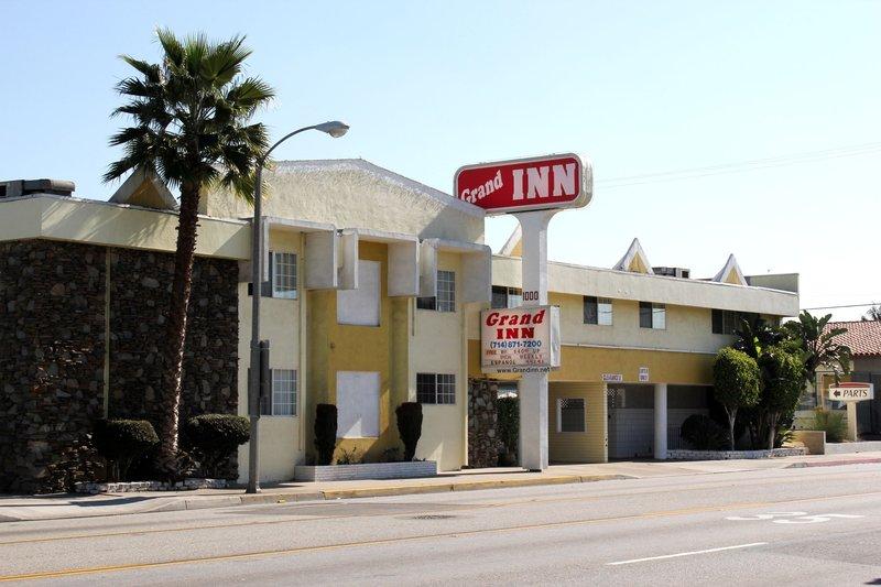 Grand Inn - Fullerton, CA