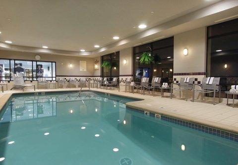 SpringHill Suites Grand Rapids North - Indoor Pool