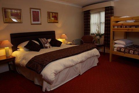 Beaufort Park Hotel - Family Room