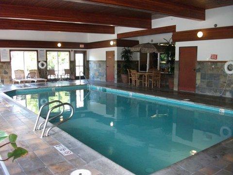 Gateway Inn Express - Indoor Pool