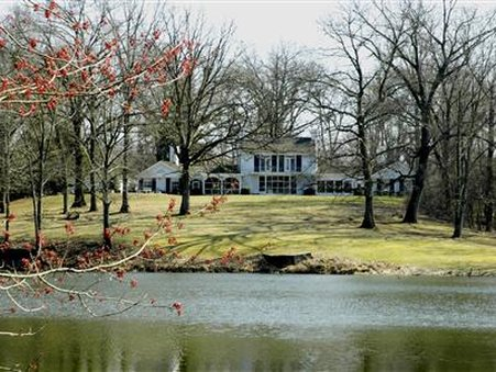 Ruby Lodge At Spring Lake Woods - Madisonville, KY