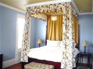 Room - Inn on Bellevue Newport