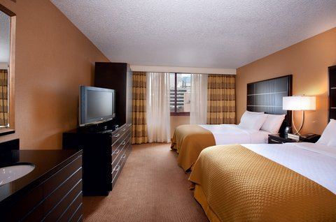 Embassy Suites Chicago - Downtown - Double Double Bedroom Right