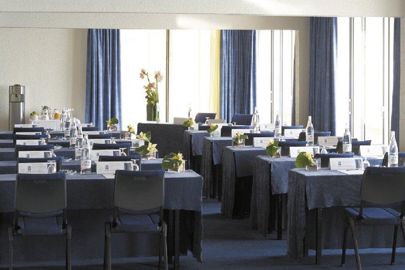Radisson Blu Hotel Nice 会议厅