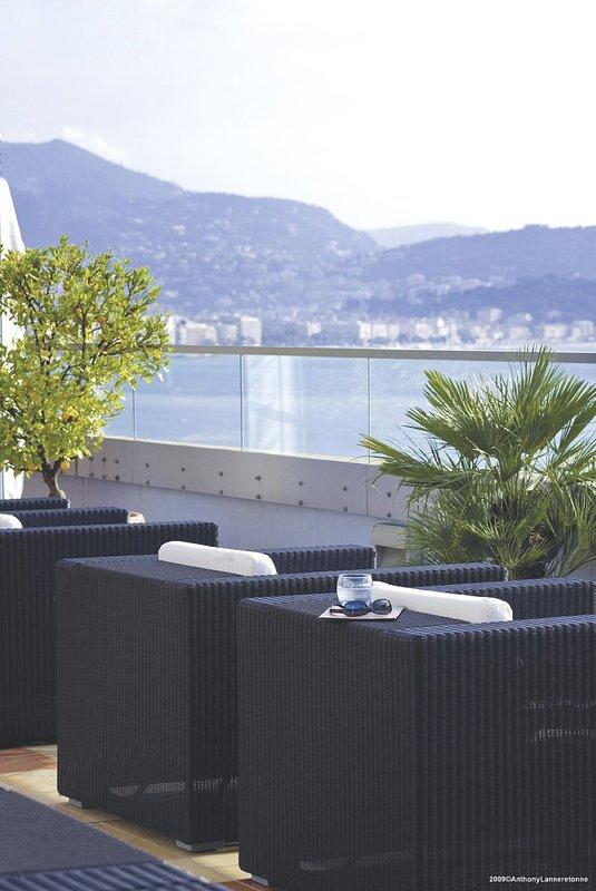 Radisson Blu Hotel Nice Bár/lounge