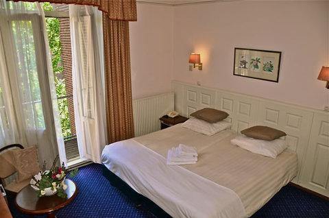 Apple Inn - Room With Balcony