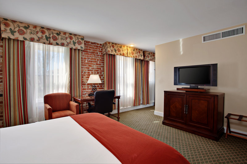 Holiday Inn Express - Kings Bay, GA