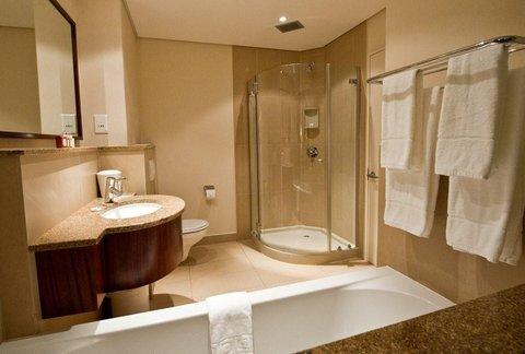 City Lodge Hotel Lynnwood - Pretoria - Bathroom