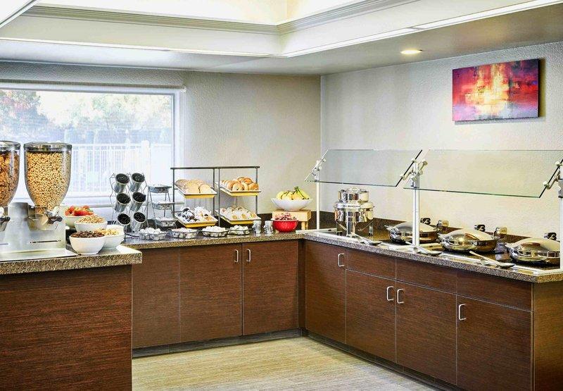 Residence Inn Las Vegas Convention Center Gastronomi