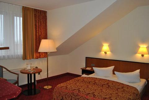 HEP Hotel Berlin - Bild BUSIZimmer Dpi