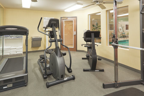 Holiday Inn Express Hotel And Suites Bishop - Fitness Center