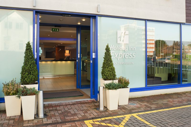Holiday Inn Express London-Golders Green North Außenansicht